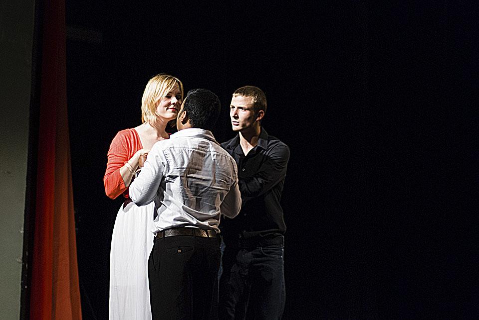 Teatro Monza 16-06-13 390-amore non e straniero-foto Marco Soldo