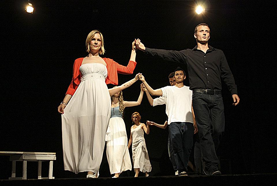 Teatro Monza 16-06-13 4964-amore non e straniero-Foto Francesco Grasso