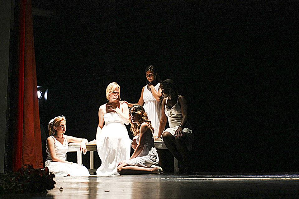 Teatro Monza 16-06-13 5084-amore non e straniero-Foto Francesco Grasso