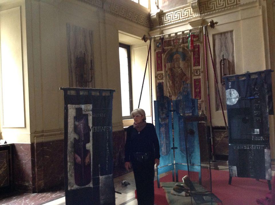 Mido 2014.11.7 Maria Micozzi e la scenografia allestita per la conferenza2