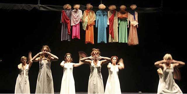 Evento (foto) Viole per Enza a Genova – 28.11.13 – regia e coreografia Luisa Zanoli-05