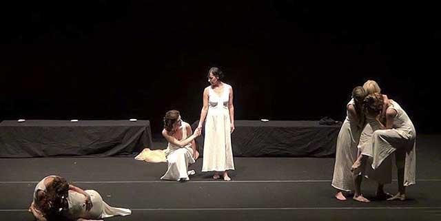 Evento (foto) Viole per Enza a Genova – 28.11.13 – regia e coreografia Luisa Zanoli-06