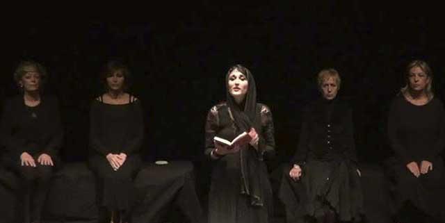 Evento (foto) Viole per Enza a Genova – 28.11.13 – regia e coreografia Luisa Zanoli-07