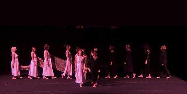 Evento (foto) Viole per Enza a Genova – 28.11.13 – regia e coreografia Luisa Zanoli-08
