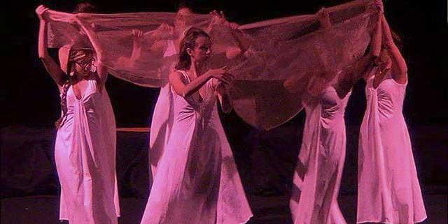 Evento (foto) Viole per Enza a Genova – 28.11.13 – regia e coreografia Luisa Zanoli-09b
