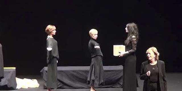 Evento (foto) Viole per Enza a Genova – 28.11.13 – regia e coreografia Luisa Zanoli-14