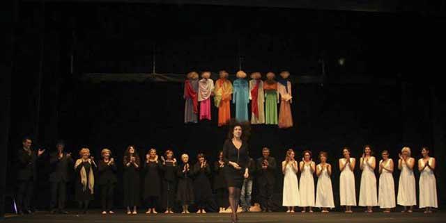 Evento (foto) Viole per Enza a Genova – 28.11.13 – regia e coreografia Luisa Zanoli-15