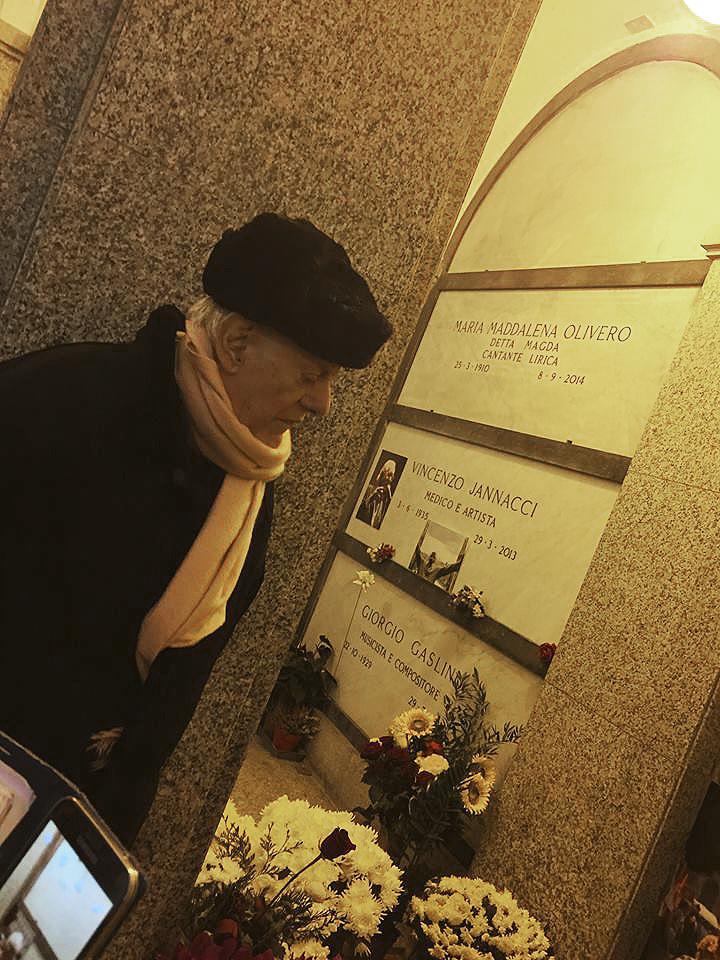 Il Processo nel Processo Milano 13.11.15 Dario Fo sulla tomba di Franca Rame