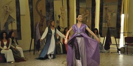 Milano 25 novembre 2013 - Palazzo Reale - Viole per Enza