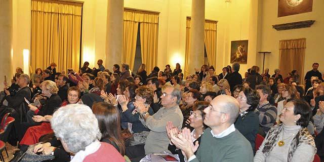 Milano 25 novembre 2013 – Palazzo Reale – Viole per Enza-15